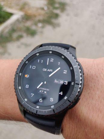 Продам Смарт-часы Samsung Gear S3 Frontier. Полный комплект!
