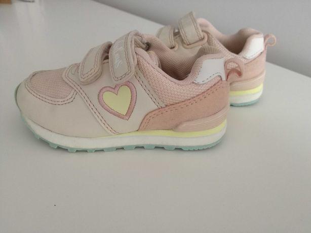 Buty sportowe,adidasy/dziecięce