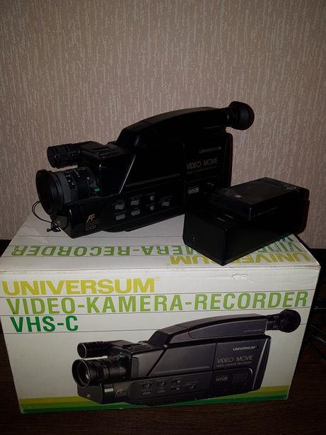 Видеокамера VHS-C, Германия