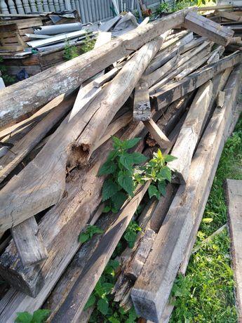 Drewno krokwie belki deski