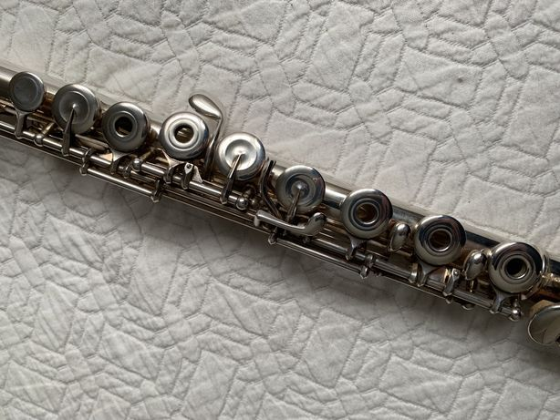 Flauta tranversal pearl 525