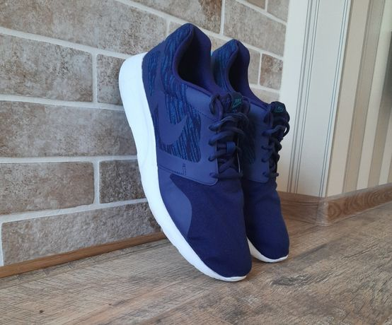 Кроссовки Nike раз 47,5 (31,5 см),цена 750 гр,оригинал,в хорошем сост