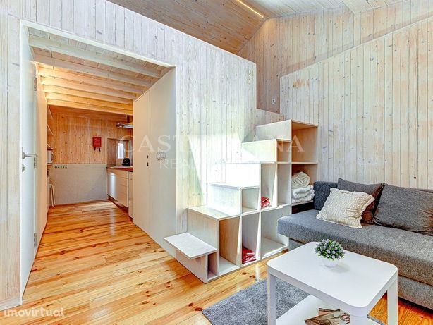 Apartamento T0+1 totalmente remodelado em Alfama