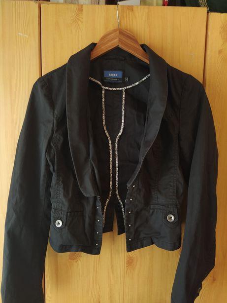 Черная котоновая куртка-пиджачек MEXX