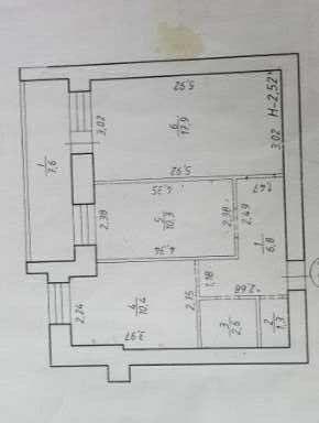 Продам 2 комнатную квартиру с автономным отоплением возле озера Чеха.