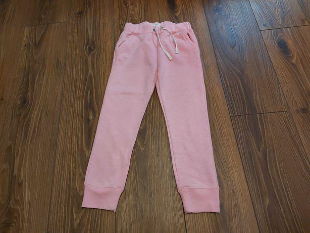 Spodnie dresowe Reserved rozmiar 122
