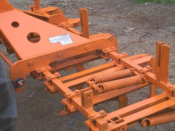 escarificador galucho com mola dupla para trator com 2.25m de largura