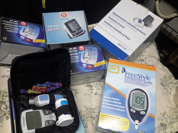 Medidor de tensão digital de pulso e medidor glicemia
