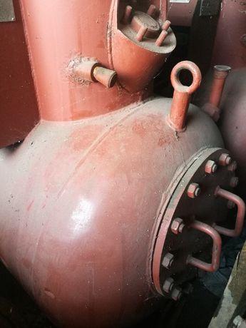 Цистерны\ стальные емкости 2.5куба\гидромоторы\насосы\трансформаторы