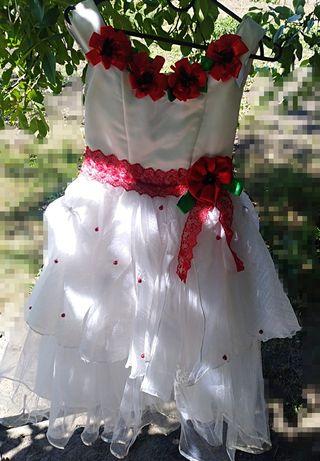 Платье с маками. 7-10 лет
