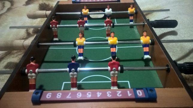 Гра футбол(сокер)!