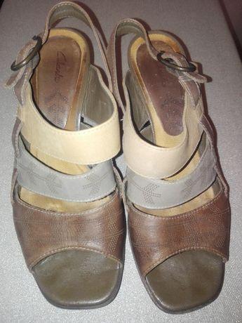 Clarks mega wygodne sandałki