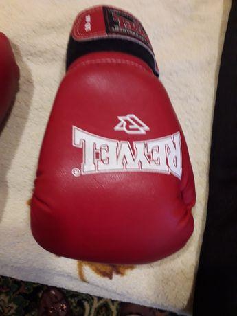перчатки для бокса и зачита на голень