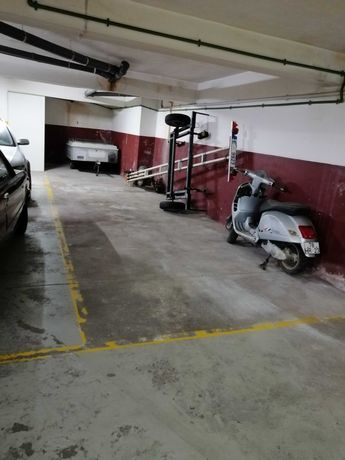 Lugar garagem para 3 carros