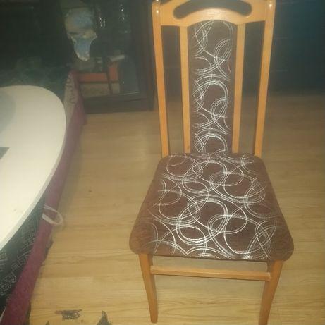 Sprzedam 4 krzesla tapicerowane