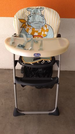 Cadeira alta de alimentação