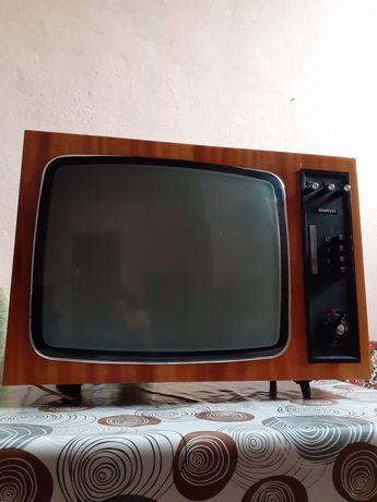 Telewizor Ametyst rodem z PRL