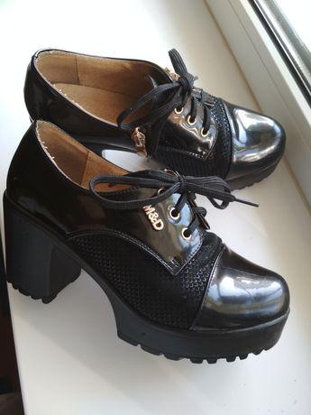 Туфли женские , на девочку