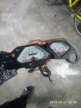 Продам спідометері тахометер хускварна 610