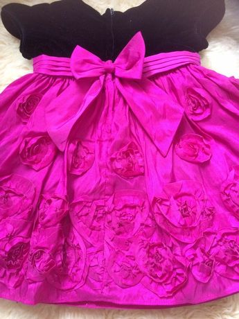 Нарядное платье на девочку почти новое до 4 лет - 200 грн