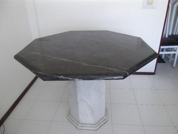 Mesa de sala de jantar, octogonal, em mármore, preta e branca - peça o