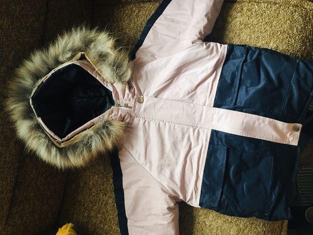Продам новую бомбезную куртку, тёплая, водоотталкивающая