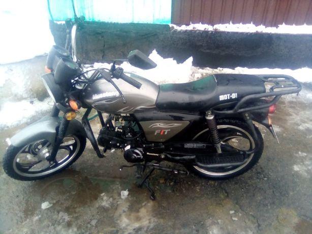 Мотоцикол Мустанг