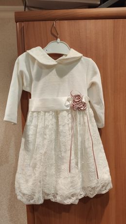 Платье нарядное  тепленькое