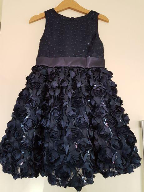 Sukienka r. 104