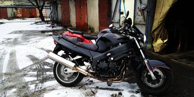 Honda CBR1100XX, VN1500.