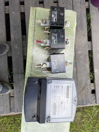 Трьох фазний лічильник НІК 2301ак1 з трансформаторам струму Т066 300/5