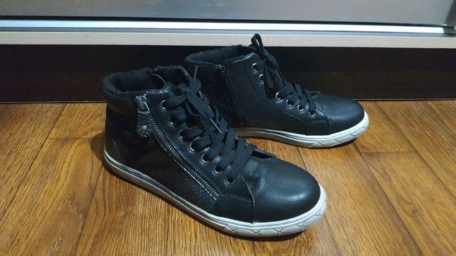 Теплые ботинки, кроссовки, сникерсы 24 см