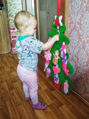 Ёлочка с игрушками