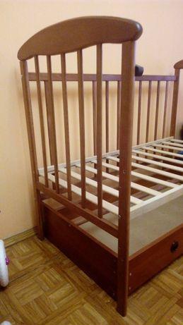 Кроватка-маятник с откидным бортом Наталка