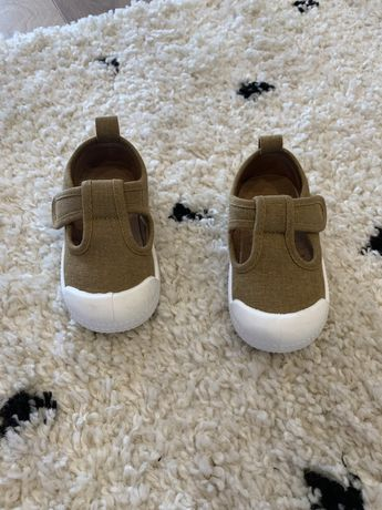 Sapato/sapatilha HM
