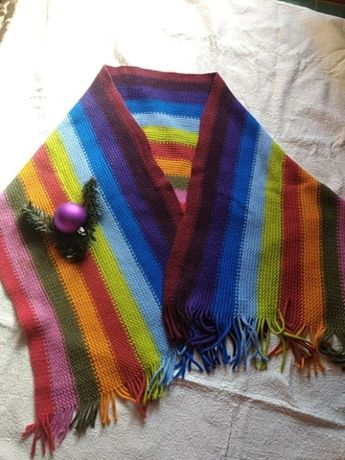 Шарф.шарфик.вязfный шарф. яркий шарф. шарф с китицами .длинный шарфик