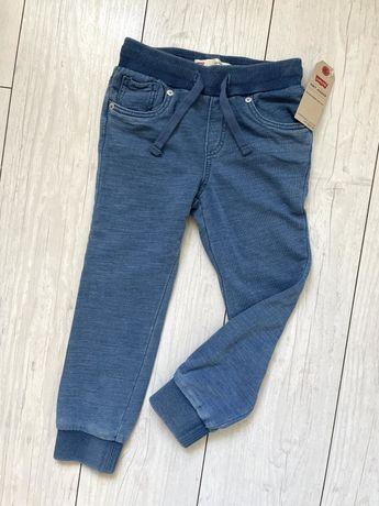 PACZKOMAT 1 zł! Spodnie dresowe dresy Levis 116 122