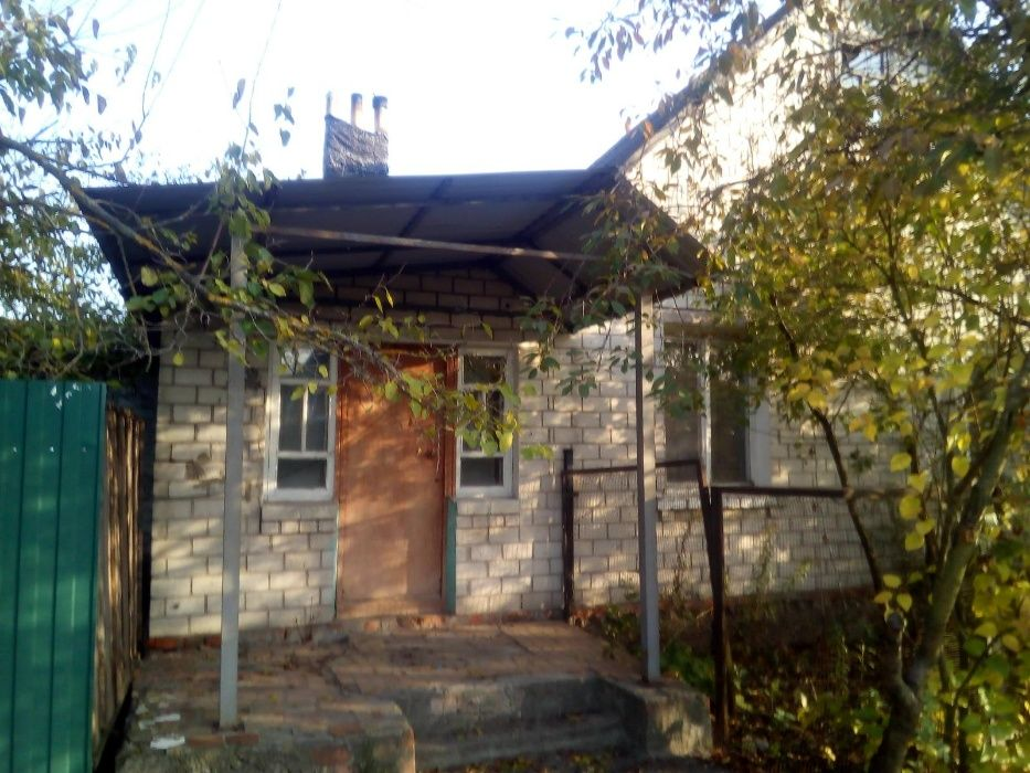 Дом в г.Корюковка, с землей, жилое состояние Корюковка - изображение 1