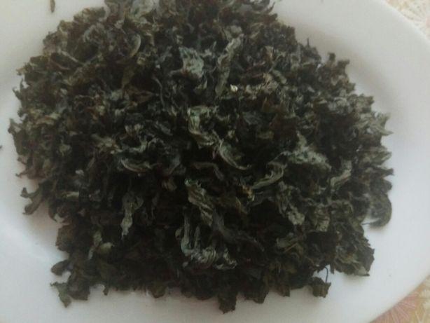 Лепестки мяты для чая