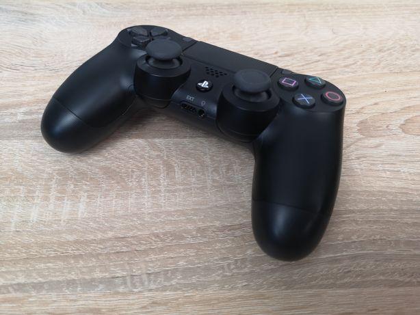 PlayStation 4 PS4 Slim 500GB (pad, gra The Last of Us 2) jak nowa