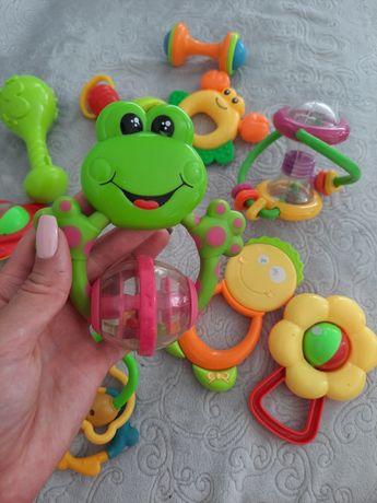 Іграшки дитячі брязкальця