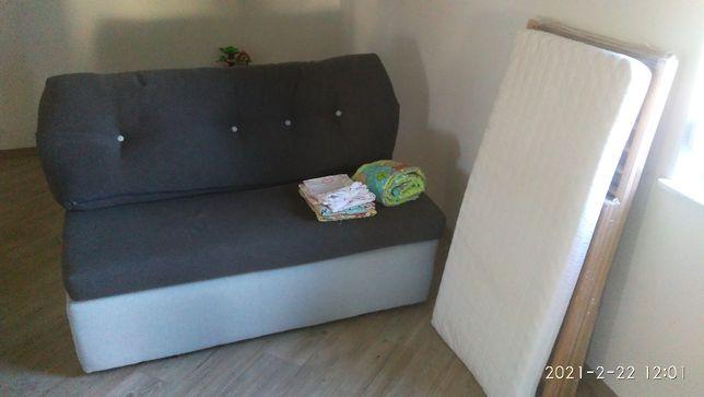 Łóżeczko lub sofa rozkładana
