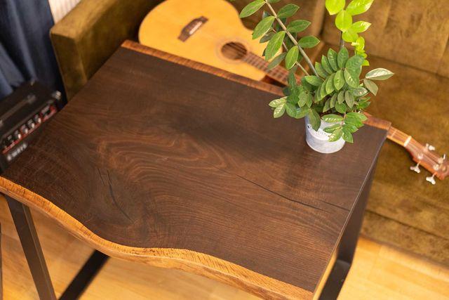 Monolit dębowy idealny na stolik kawowy, czarny dąb, wędzony, żywica