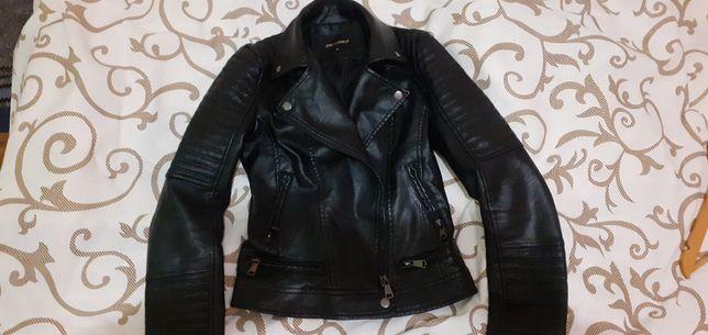 Курточка не дорого