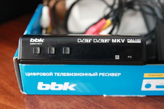 Телевидение Т2 приставка-медиаплеер (ресивер) BBK SMP021HDT2