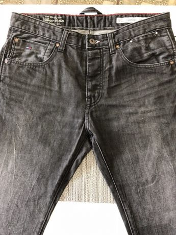 Spodnie Tommy Hilfiger Denim rozmiar 33x34