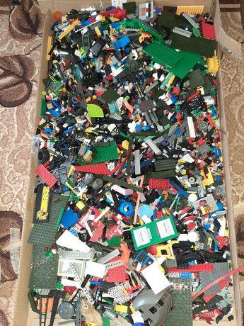 Продамо деталі з конструкторів  Лего