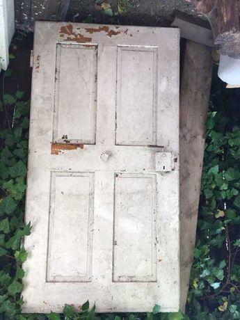 Stare drzwi do renowacji