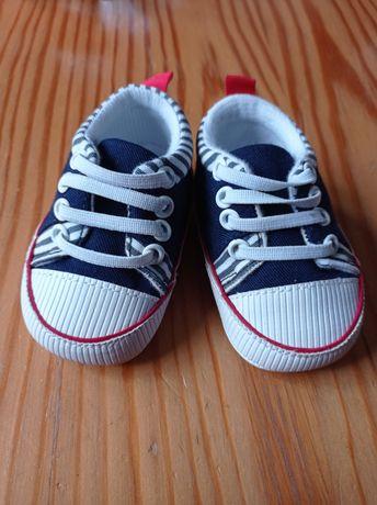 Buty niechodki dla chłopczyka