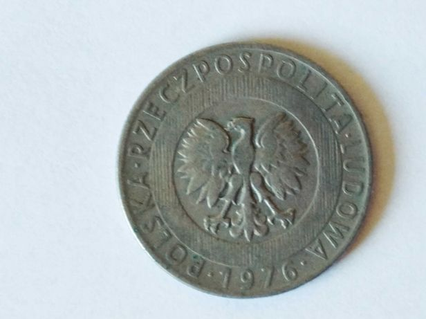 Oferuję monetę 20 złotych polskich z 1976 rok w stanie dobrym